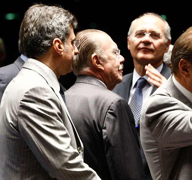 Os peemedebistas Romero Juc�, Jos� Sarney e Renan Calheiros em sess�o no Senado em 2011