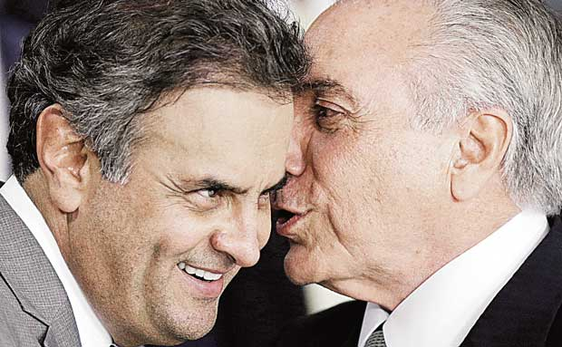 FILE PHOTO: Brazil's interim President Michel Temer (R) talks with Senator Aecio Neves during a ceremony where he made his first public remarks after the Brazilian Senate voted to impeach President Dilma Rousseff, at the Planalto Palace in Brasilia, Brazil, May 12, 2016. REUTERS/Ueslei Marcelino/File Photo ORG XMIT: RJO01