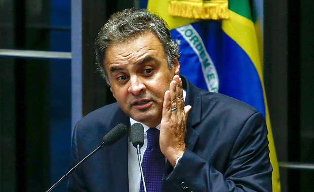 Aécio Neves (PSDB-MG), presidente nacional do PSDB, fala na tribuna do Senado