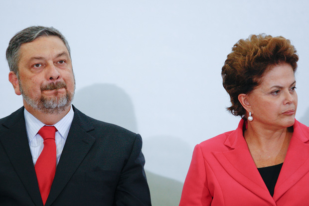 Antonio Palocci and former president Dilma Rousseff during a meeting at the Planalto Palace (BRAZIL, 05-26-2011)