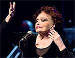 Bibi Ferreira canta m�sicas de Frank Sinatra em espet�culo em SP