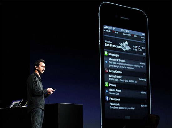 Scott Forstall, da Apple, fala sobre o iOS 5, nova versão do sistema para iPhone, iPad e iPod touch