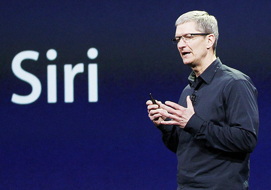 Tim Cook, executivo-chefe da Apple, durante evento em San Francisco em mar�o de 2012