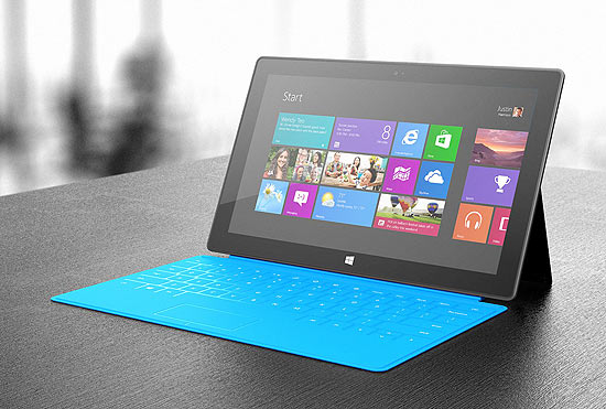 Tablet Surface, da Microsoft, com a capa Touch Cover; kit sai por US$ 599, cerca de R$ 1.200, nos EUA