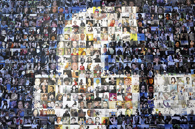 FOREST CITY, NC - APRIL 19: A collage of profile pictures makes up a wall in the break room at the new Facebook Data Center on April 19, 2012 in Forest City, North Carolina. The company began construction on the facility in November 2010 and went live today, serving the 845 million Facebook users worldwide. Rainier Ehrhardt/Getty Images/AFP == FOR NEWSPAPERS, INTERNET, TELCOS & TELEVISION USE ONLY ==