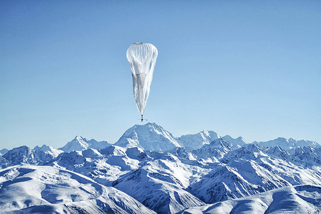 A 12-meter-tall high altitude air balloon is shown floating over a remote area of New Zealand in this June 9, 2013 handout photo provided by Google Inc on August 13, 2013. With $54 billion in cash, Google can afford to fund experiments such as Fiber and Loon - the air balloon project run by Google X, the secretive arm of the company that specializes in bold, futuristic projects such as robot cars. Loon involves creating an airborne wireless network using 12-meter-tall, super-pressured air balloons powered by the sun. They would drift along relatively slower air currents in the stratosphere and run off batteries at night. In June, Google launched a test of 30 balloons over New Zealand equipped to deliver 3G-like wireless speeds to ground antennas that in turn transmit the signal to wireless devices. The goal is to eventually keep a large fleet of balloons in the skies, though analysts say Google will face many technical and regulatory challenges operating such a network. Picture taken June 9, 2013. To match Analysis GOOGLE-WEB/ REUTERS/Jon Shenk/Google/Handout via Reuters (NEW ZEALAND - Tags: BUSINESS ENVIRONMENT SCIENCE TECHNOLOGY TELECOMS) ATTENTION EDITORS - THIS IMAGE WAS PROVIDED BY A THIRD PARTY. FOR EDITORIAL USE ONLY. NOT FOR SALE FOR MARKETING OR ADVERTISING CAMPAIGNS. THIS PICTURE IS DISTRIBUTED EXACTLY AS RECEIVED BY REUTERS, AS A SERVICE TO CLIENTS. NO SALES. NO ARCHIVES ORG XMIT: TOR408