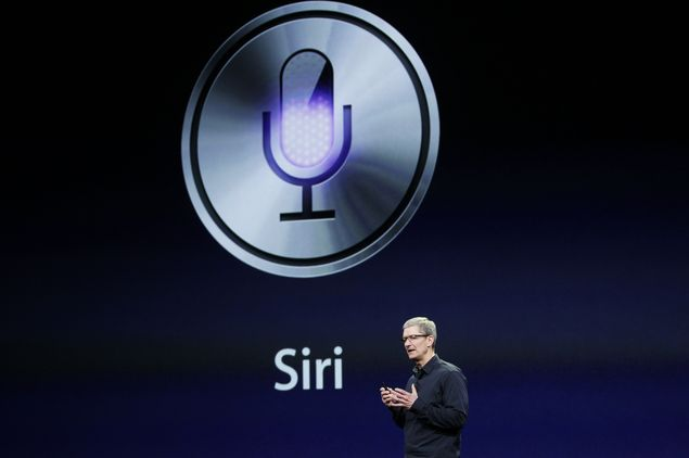 Tim Cook fala sobre a assistente virtual Siri durante evento da Apple em San Francisco, na Califórnia