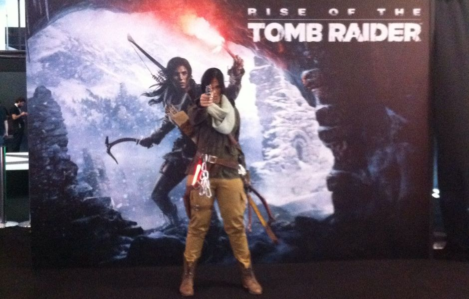 Personagem Lara Croft ao vivo na Brasil Game Show