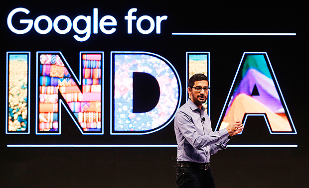 Google CEO Sundar Pichai gestures as he addresses a news conference in New Delhi, India, December 16, 2015. New Google leader Pichai pledged on Wednesday to use India as a testing ground for its products as the U.S. tech giant targets hundreds of millions of consumers in the developing world set to move online in the next few years. REUTERS/Adnan Abidi ORG XMIT: DEL201