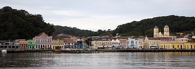 São Francisco do Sul, a municipality in Santa Catarina, is demanding financial compensations from the German government in the form of war reparations