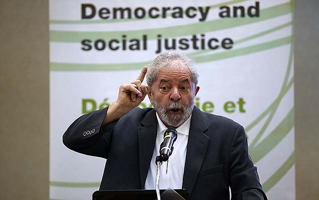 Former president Lula da Silva gave a speech to leaders of left-wing political parties, in São Paulo