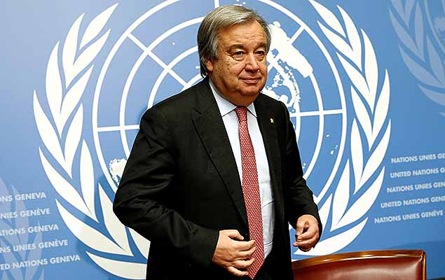 Antonio Guterres, United Nations High Commissioner for Refugees (UNHCR), arrives for a news conference at the United Nations in Geneva, Switzerland December 18, 2015.