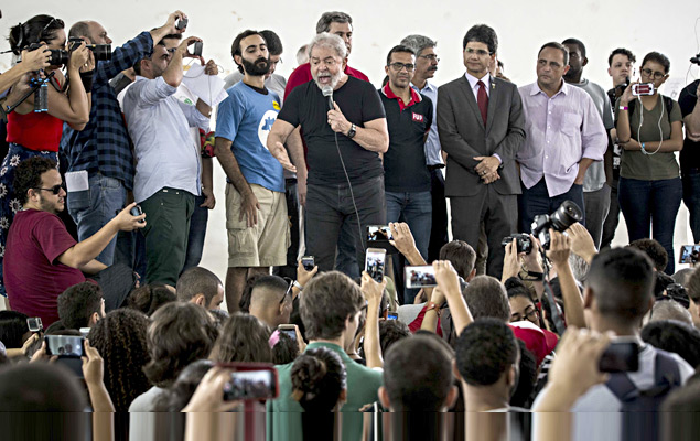 Lula gave a speech to students of the Federal Institute in the city of Campos de Goytacazes (RJ)