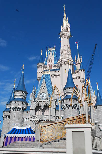Castelo da Cinderela, no centro do parque Magic Kingdom
