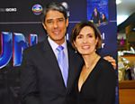 Casal de apresentadores do Jornal da Globo, F�tima Bernardes e William Bonner, no est�dio do telejornal