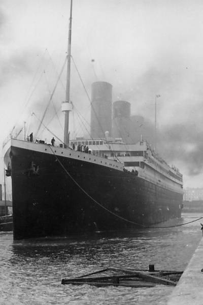 Foto de livro lanado na Espanha mostra foto do Titanic, que naufragou em 15 de abril de 1912