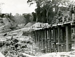 A wooden bridge under construction on the Trans-Amazonian Highway, in 1972. (Photo: Folhapress)