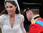 Kate Middleton casou-se com o prncipe William usando decote e suti tamanho P