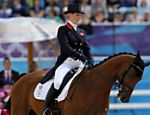 A amazona britnica Zara Phillips, filha da princesa Ana, com seu cavalo High Kingdom Veja o especial dos Jogos Olmpicos