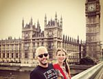 Luana Piovani passeia por Londres com o marido