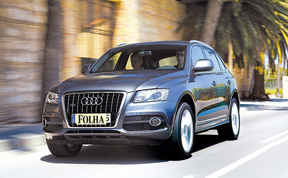 Vista frontal do Audi Q5