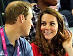 O prncipe William e sua mulher Catherine acompanham as provas de ciclismo