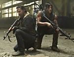 "Rick Grimes (Andrew Lincoln) e Daryl Dixon (Norman Reedus) em ""The Walking Dead"""