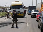 Strikers angry about the recent rise in fuel prices, as well as tax hikes blocked traffic in some 13 states across the South American country on Monday (9)