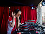 A DJ Lena Willikens