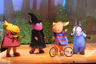 &quot;Backyardigans&quot; (foto) foi escolhido o melhor espetculo infantil de 2009; em segundo lugar, est &quot;Ben 10: a Batalha Pelo Omnitrix&quot;