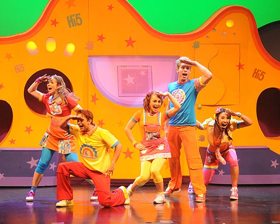 "Show ""HI-5 Surpresa"", com can��es do programa de TV, tem duas sess�es no domingo (9)"