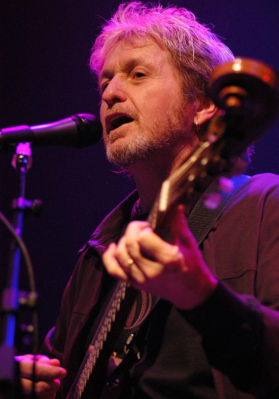 Jon Anderson (foto), ex-integrante do grupo de rock progressivo Yes, toca em SP