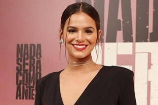 Bruna Marquezine ***  ****