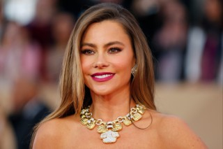 Actress Sofia Vergara arrives at the 22nd Screen Actors Guild Awards in Los Angeles, California, U.S. January 30, 2016.  REUTERS/Mike Blake/File Photo ORG XMIT: TOR455