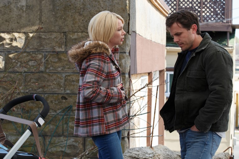 "Michelle Williams e Casey Affleck em cena de ""Manchester à Beira-Mar"""
