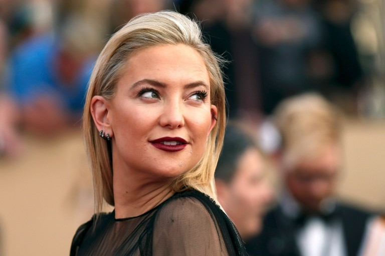 Actress Kate Hudson arrives at the 23rd Screen Actors Guild Awards in Los Angeles