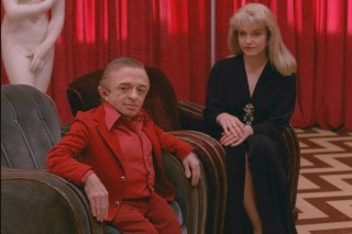 Michael J. Anderson and Sheryl Lee in Twin Peaks *** ****