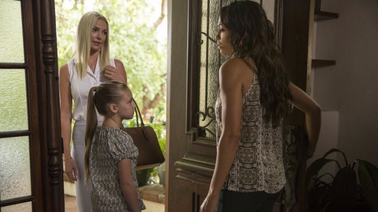 "Legenda: This image released by Warner Bros. Pictures shows Katherine Heigl, from left, Isabella Kai Rice and Rosario Dawson in a scene from, ""Unforgettable."" (Karen Ballard/Warner Bros. Pictures via"