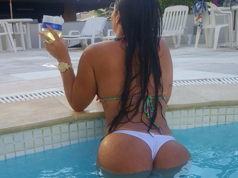 Mariana Soares foi barrada do Miss Bumbum *** ****