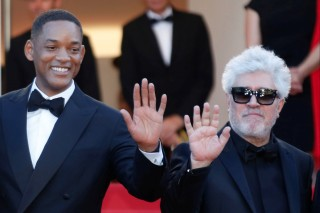 70th Cannes Film Festival - Opening ceremony and screening of the film Les fantomes d'Ismael out of competition  - Red Carpet Arrivals - Cannes, France. 17/05/2017 - Director Pedro Almodovar (R), Jury President of the 70th Cannes Film Festival and Jury member Will Smith (L) wave . REUTERS/Regis Duvignau ORG XMIT: DUV38