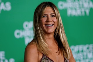 FILE PHOTO - Cast member Jennifer Aniston poses at the premiere of