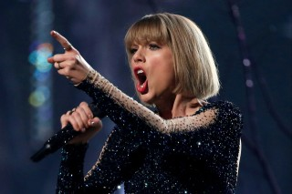 FILE PHOTO: Taylor Swift performs