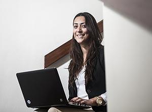 Mariana Belchior usa a ATLZ para conseguir informações sobre processos de recrutamento