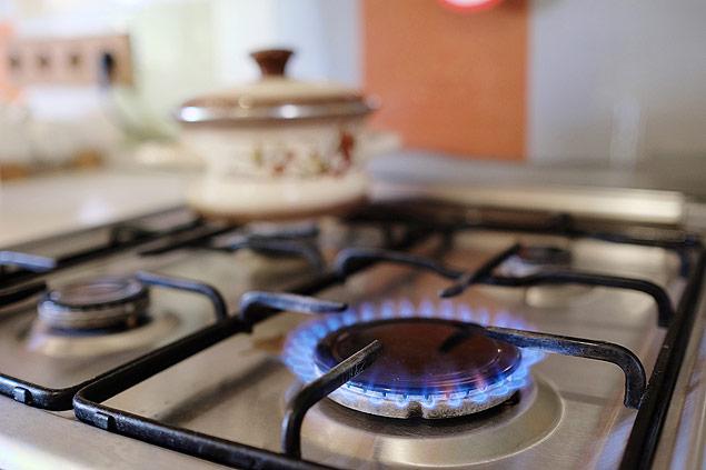 Resultado de imagem para chama de gas de cozinha