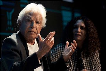 Aos 92 anos, o locutor Cid Moreira não cansa de se reinventar