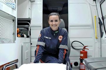 Vídeos de enfermeira auxiliam mães nos primeiros socorros