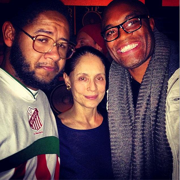 Anderson Silva, Sônia Braga e Emicida em Nova York