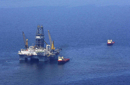 Explosão matou 11 trabalhadores da plataforma, e provocou o             derramamento de até 3 mi de galões de petróleo
