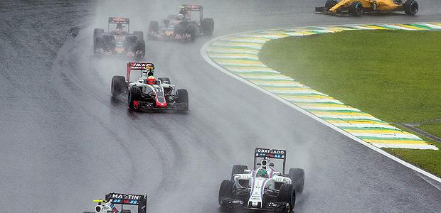 SAO PAULO, SP, BRASIL, 13-11-2016: O piloto brasileiro Felipe Massa durante o seu ultimo GP Brasil de Formula 1, no autodromo de Interlagos, em Sao Paulo. (Foto: Eduardo Anizelli/Folhapress, ESPORTE)