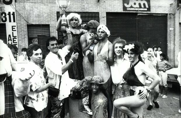 """O bancário Fábio foi o vencedor da """"São Silvestre dos Gays"""", na rua da Consolação, em São Paulo"""